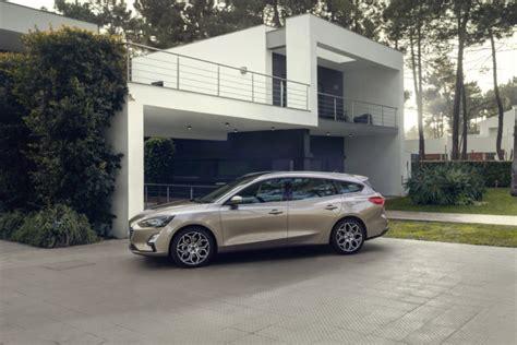 interni nuova ford focus nuova ford focus prezzo da 20 000 listino ufficiale