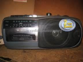 aiwa radio cassette recorder am fm radio cassette recorder rm 31ez radio aiwa co ltd t