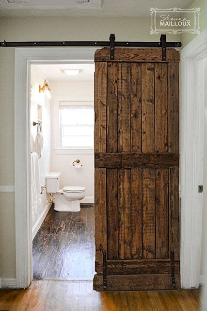 sliding barn door bathroom 25 best ideas about sliding bathroom doors on pinterest