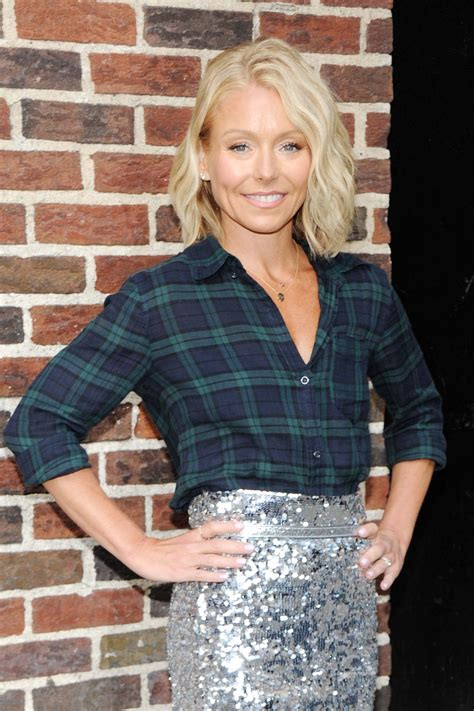 kelly rippa 2015 kelly ripa arrive to appear on the late show with david