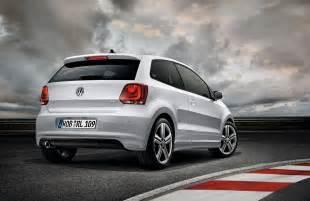 Volkswagen Or Volvo Volkswagen And Volvo Cars Volkswagen Polo R Line