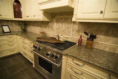 kitchen backsplash exles mixing tile patterns sizes