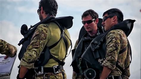 national guard special forces green beret combat divers