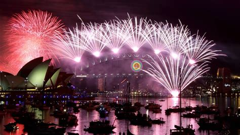 New Year S Eve To Suit All Budgets St George New Years Sydney Botanical Gardens