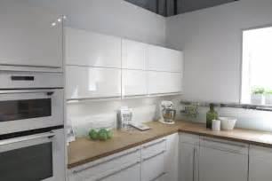 Beau Quelle Couleur Pour Une Cuisine Blanche #2: tendance-cuisine-2015-blanc-immacul%C3%A9e.jpg