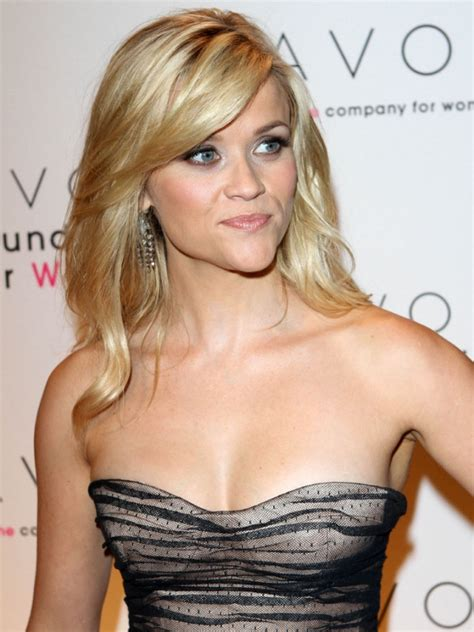 Reese Witherspoon Is An Avon by 1027 Reese Witherspoon Avon Gala 07 The Superficial