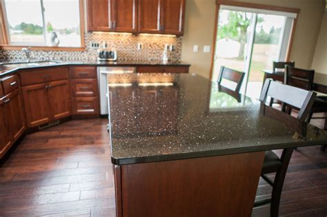 Black Galaxy Kitchen   Traditional   Kitchen   seattle