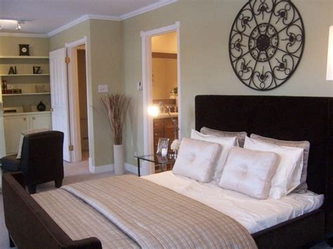 staging a bedroom home staging in vacant properties for sale in edmonton ab