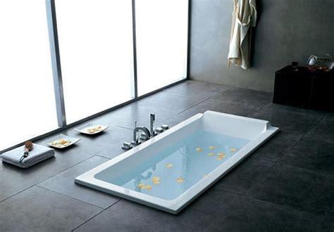 personnalisez votre salle de bain avec une baignoire