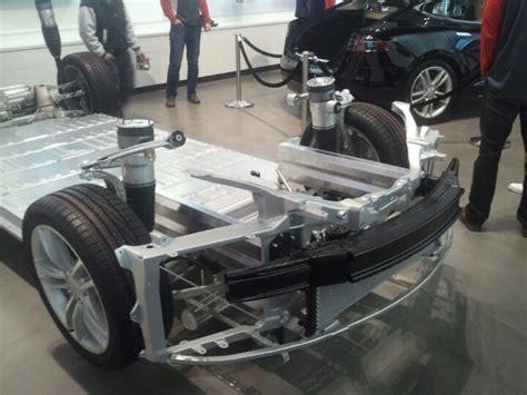 Tesla Model S Chassis Tesla Model S Chassis Moving Forward