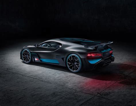 divo ii bugatti divo reviving the coachbuilding tradition auto