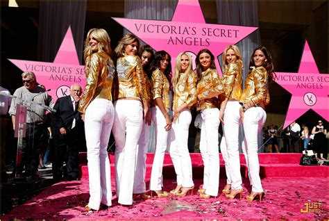 Victorias Secret 2007 Fashion Show On by Sized Photo Of Heidi Klum Victorias Secret Fashion
