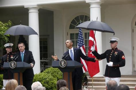white house marines when marines hold umbrellas ny daily news