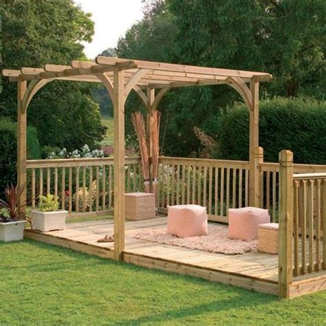 Decking Ideas For Small Gardens 25 Best Decking Ideas On Pinterest Garden Decking Ideas Outdoor Decking And Pergola