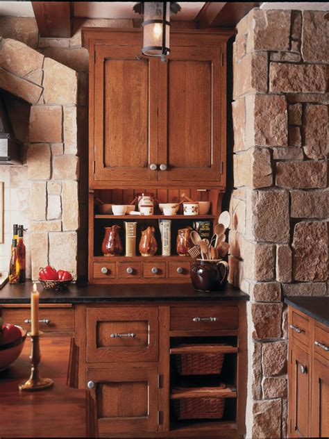 spanish kitchen cabinets spanish style kitchen home design ideas pictures remodel