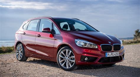 BMW 2 series Active Tourer 220d xDrive (2015) review by