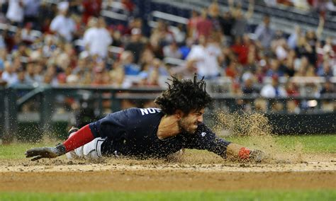 swanson s park dansby swanson s career home run was an electrifying inside the park