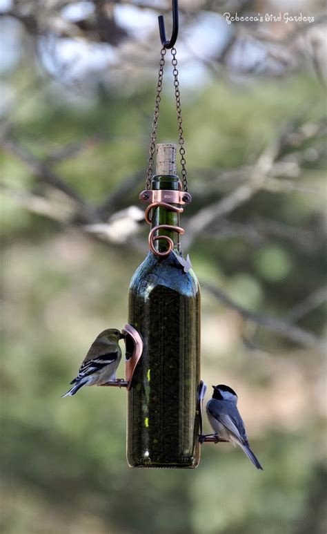 upcycled diy bird feeders   perfect addition