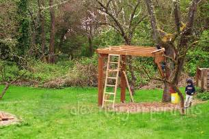 Backyard Zip Line Platform by Gallery For Gt Simple Tree House Platform