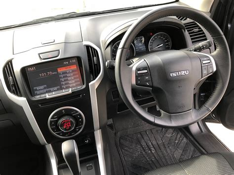 isuzu dmax interior 2018 isuzu d max review behind the wheel