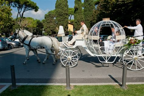 carrozze matrimonio noleggio mezzi speciali carrozze trike elicotteri