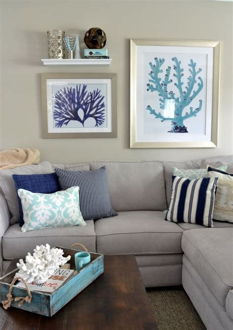 beach living room decor decorating with sea corals 34 stylish ideas digsdigs