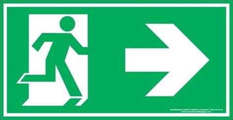 Stiker Tanda Jalur Evakuasi exit symbol right arrow australian safety signs