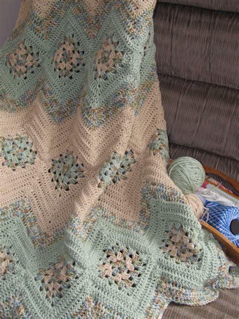 pattern kingdom grannies and ripples afghan free crochet pattern crochet