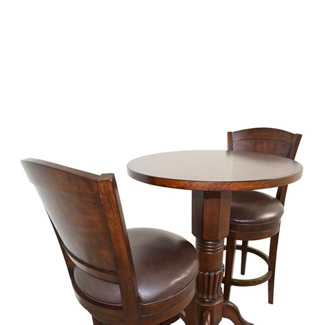 Raymour And Flanigan Stools by 59 Raymour Flanigan Raymour Flanigan Pub Table