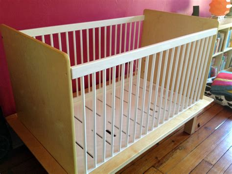 gently used argington cribs available in 10027