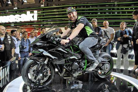 Cv 52297 G 11 Slv tom sykes con i 300 cv dell h2r avrei vinto la superbike