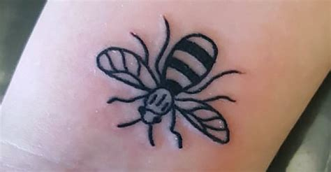one love tattoo uk one love manchester bee tattoo pictures to pin on