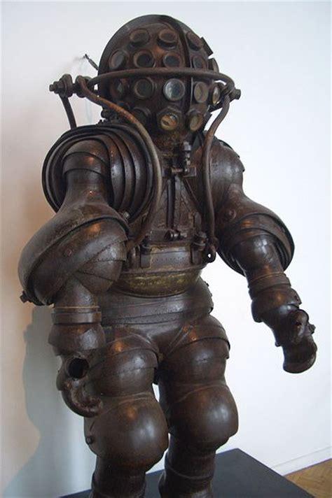 dive suits diving suits diving suits aliens