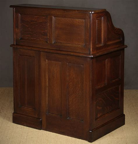 small oak roll top desk small early 20th c oak roll top desk c 1920 346188