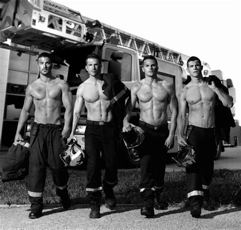 Calendrier Pompier Firefighters Release Charity Calendar 2016