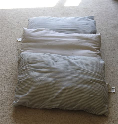 Pillow Bed Made With Pillowcases Use Pillows As A Bed Make A Big Pillow N