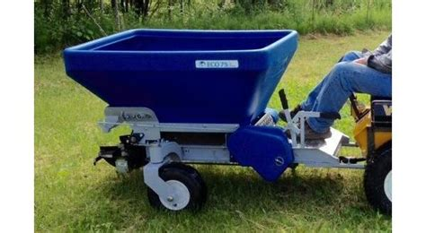 Top Dresser Rental by Ecolawn Eco 75 Top Dresser Outdoor Power Equipment