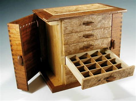 Handcrafted Boxes - handmade artistic wooden boxes for jewelry keepsakes and