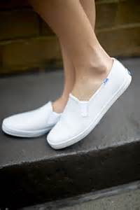 white keds shoes 2 looks wearing keds s bliss