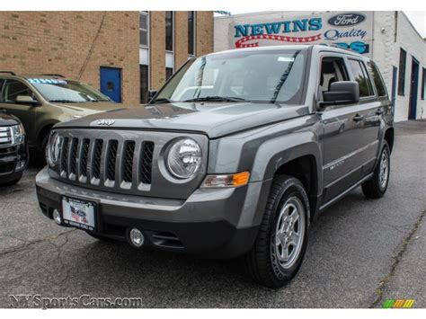 jeep patriot grey 2013 jeep patriot sport 4x4 in mineral gray metallic