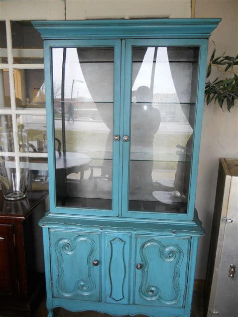 Turquoise Blue Small Hutch or China Cabinet   Vintage Chic