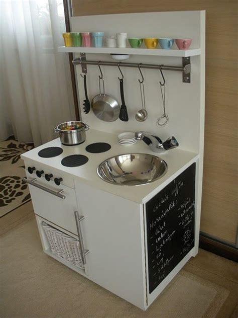 play kitchen ideas best 20 kid kitchen ideas on diy kitchen