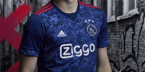 Jersey Ajax Amsterdam Away 2017 18 ajax unveils 2017 18 away jersey soccer365