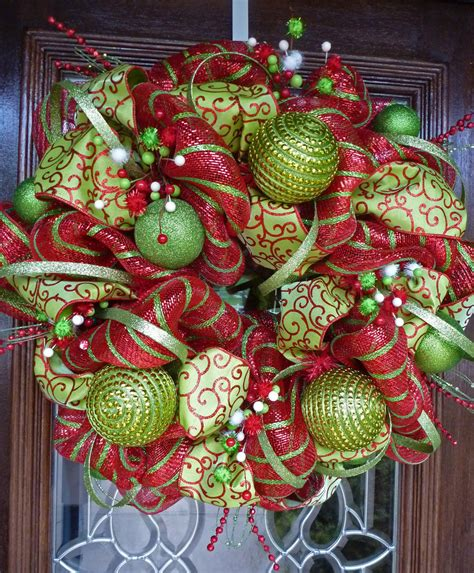 whimsical christmas wreath 24