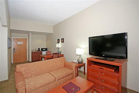 comfort suites arena arena suites updated 2018 hotel reviews price