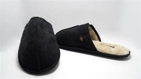 dockers mens slippers dockers s suede scuff slippers black size l 9 5 10 5