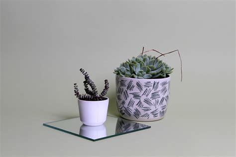 vasi da decorare 13 idee per decorare i vasi in terracotta e non fito