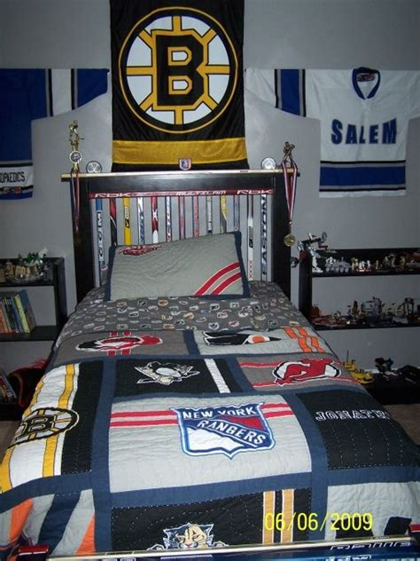 hockey bedroom hockey room will and charlotte pinterest