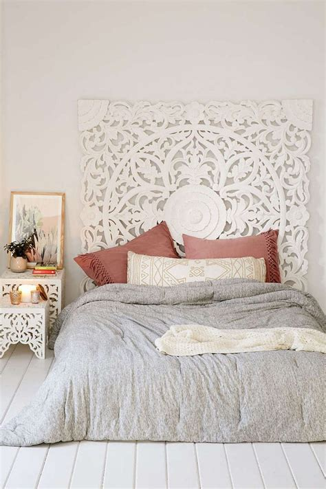 Morocco Headboard by 25 Best Ideas About Moroccan Bedding On