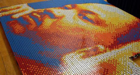 tutorial rubik square king dream big portrait made of 4 242 rubik s cubes bored panda